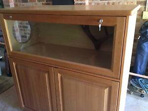 Snake cabinet Medowie Port Stephens Area Preview