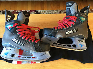 Patin de hockey Bauer One90 Supreme US 7 EE