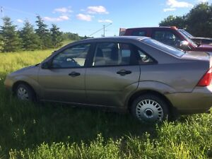 2005 Ford Focus parts car