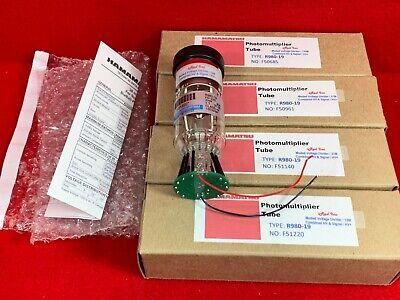 Hamamatsu R980 Pmt W 12 Megohm Voltage Divider Photomultiplier Tube 1-12 38mm