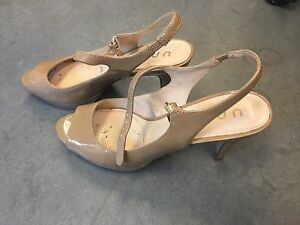 Ladies open toed shoes