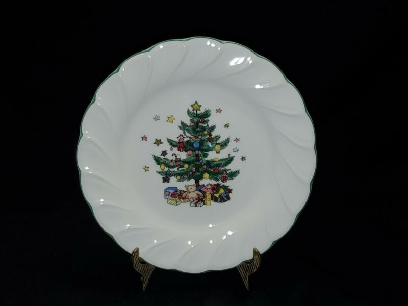 """Nikko Happy Holidays Christmas Tree Bread & Butter Plates 8"""" Set of 4"""