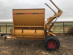 Haybuster bale processor