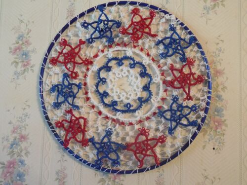 DOVE COUNTRY Shuttle Tatted Suncatcher Dreamcatcher Wall Art Tatting Patriotic
