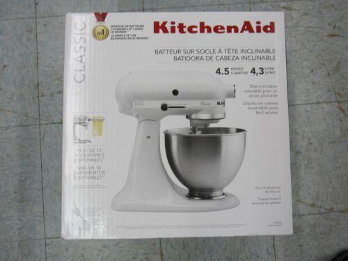 KitchenAid Classic Series 4.5 Quart Tilt-Head Stand Mixer White -K45SSWH