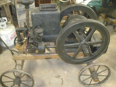 Antique Christensen Hit Miss Sideshaft Engine