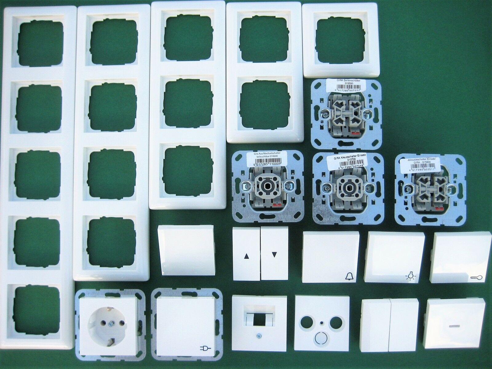 Gira System55 Schalter / Wippe / Rahmen reinweiß glänzend nach Wahl Steckdose