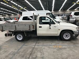 1999 Toyota Hilux tray back Ute Sandgate Newcastle Area Preview