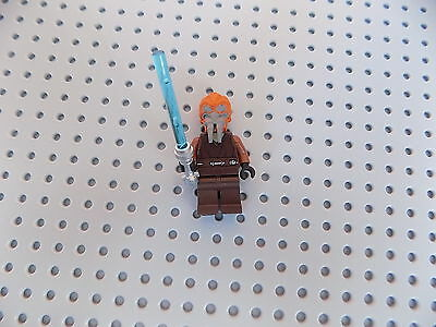 LEGO STAR WARS JEDI PLO KOON MINIFIGURE WITH LIGHTSABER (Plo Koon Lightsaber)