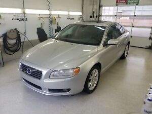 2010 Volvo S80 2010 Volvo S80 - 4dr**CUIR-TOIT**