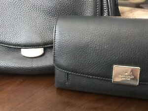 Kate Spade Crossbody purse and matching wallet