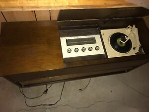 Electrohome Antique Record Player and Radio