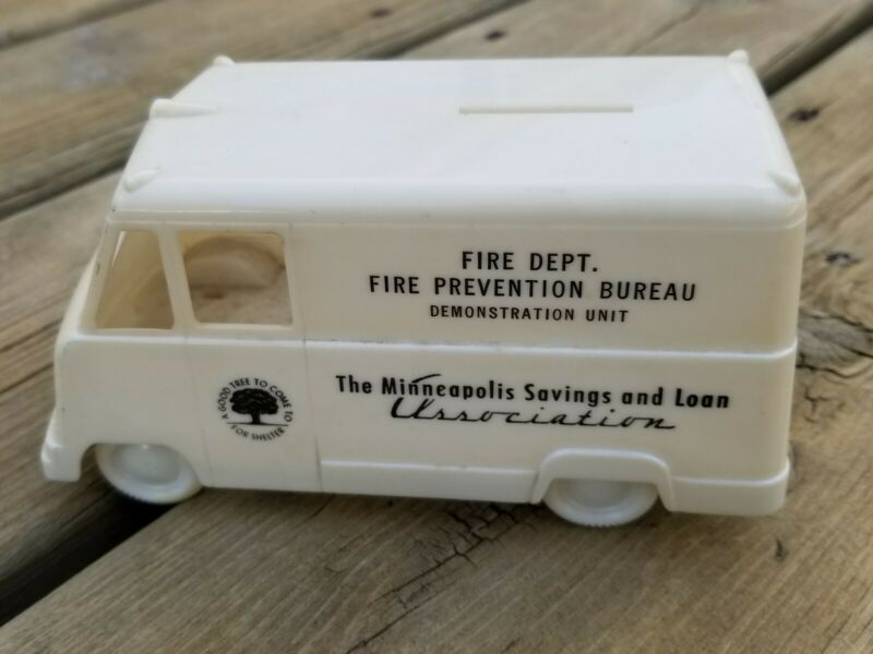 RARE VINTAGE MINNEAPOLIS SAVINGS AND LOAN TRUCK COIN BANK / FIRE PREVENTION WOW!