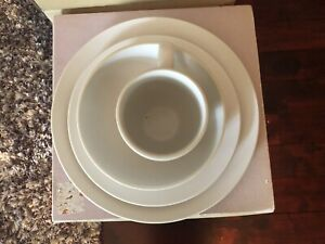 Vera Wang Natural Wedgwood 4 Piece Dinnerware