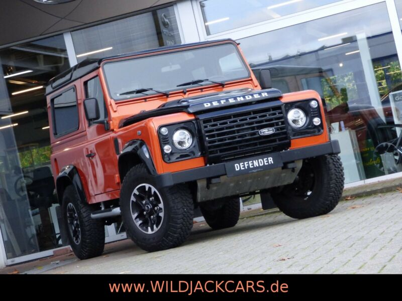 Land Rover Defender 90 TD4 ADVENTURE *Limited Edition*