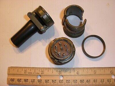 New - Ms3106b 20-7s Sr With Bushing - 8 Pin Female Plug