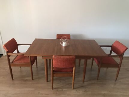 Chiswell Vintage Dining Table