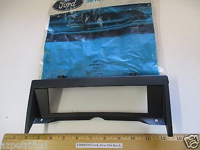 "FORD 1986/1989 AEROSTAR, GRAPHIC EQUALIZER ""BEZEL"" (RADIO CONTROL) FREE SHIPPING"