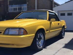 1993 Mustang LX Convertible Feature car