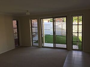 Self-contained granny flat Doolandella Brisbane South West Preview