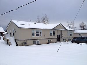 9 bdrm crew house. 2 full suites. 3 xtra beds for $500/mo ea