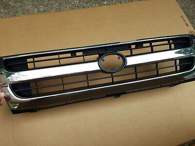 fits 1997-2000 TOYOTA TACOMA 2WD Front Bumper Grille Radiator Chrome/Black NEW 2wd Chrome Grille