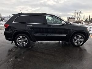 2012 Jeep Grand Cherokee Overland - Loaded