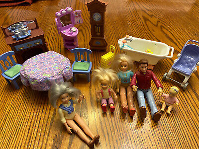 LOT of Fisher Price loving family furniture And Dolls Family Grandma Mom Dad Kid