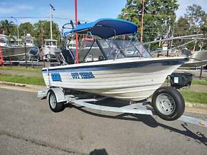 1990 YALTACRAFT 4.4M RUNABOUT W/  60HP 4 STROKE MERCURY Clontarf Redcliffe Area Preview
