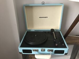 Crosley record player with Bluetooth