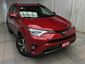 2016 Toyota RAV4 XLE : Power moonroof