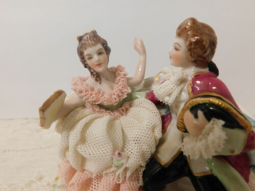 MULLER VOLKSTEDT IRISH DRESDEN FIGURINE PORCELAIN LACE COUPLE AT BALL #6107 MINT