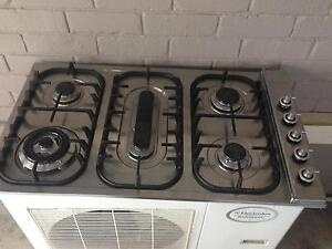 Gas cook top made in Italy Richmond Hawkesbury Area Preview