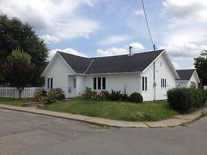 Maison - à vendre - Shawinigan - 13703324