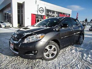 2013 Toyota Matrix MATRIX, SUNROOF, TINTED WINDOWS, HEATED MIRRO