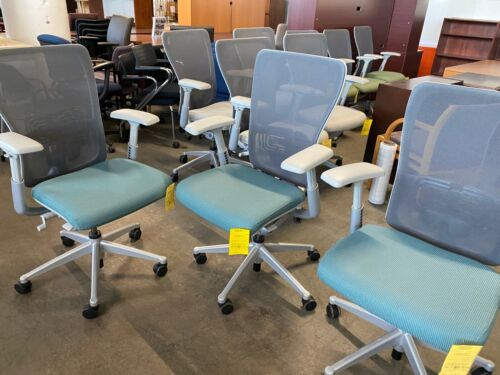 EXECUTIVE CHAIR by HAWORTH ZODY in AQUA COLOR *FULLY LOADED CHAIR*