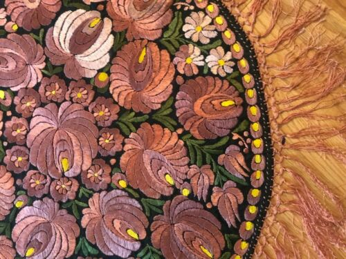 "Antique c. 1920 Hungarian Matyo hand embroidered table cover (26"" diameter)"
