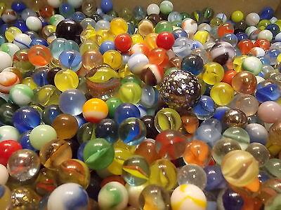 4 Vintage Marbles   Estate Found Fresh  Glass  Cats Eyes  Swirls  Vitro  Agate