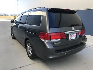 (Priced to sell) 2008 Honda Odyssey Touring