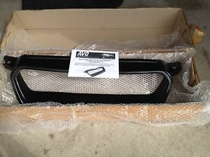 Subaru Front Grill + 2 HSD Springs