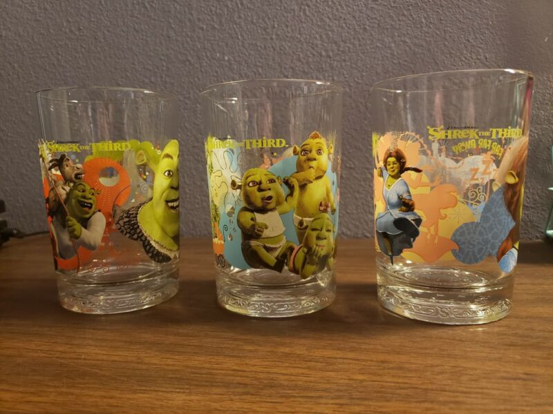 Vintage Mcdonalds shrek glasses Rare