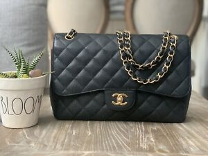Authentic Chanel Jumbo Classic Double flap Caviar GHW