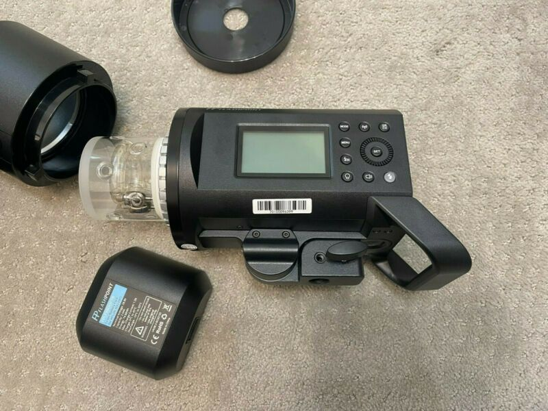Flashpoint Xplor 600pro Non TTL R2 - Barely Used, Mint Condition