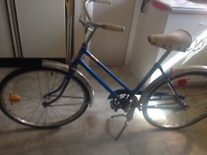 Fixie One speed. Vintage Supercycle.  Made in Canada.