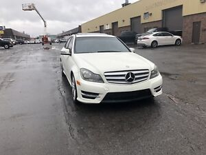 2012 Mercedes-Benz C250 4Matic  - 12900$ taxes-in