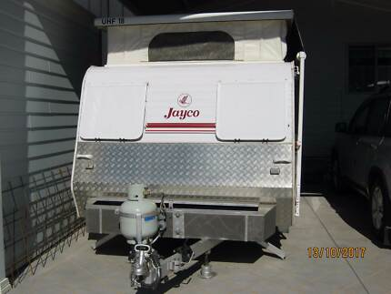 JAYCO 14FT STARCRAFT POP TOP CARAVAN