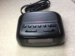 Sunbeam Hospitality AM FM Alarm Black Clock Radio Model #89014 New In Box