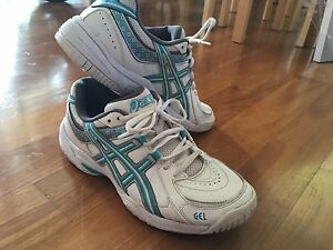 Asics Netball Shoes women's size 8 Coolum Beach Noosa Area Preview