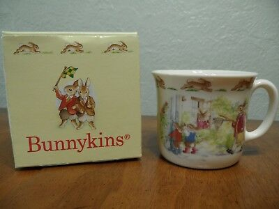 Royal Doulton Bunnykins Hug A Mug New