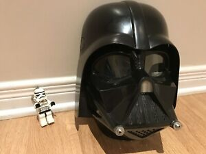 STAR WARS: Darth Vader mask with sounds effects